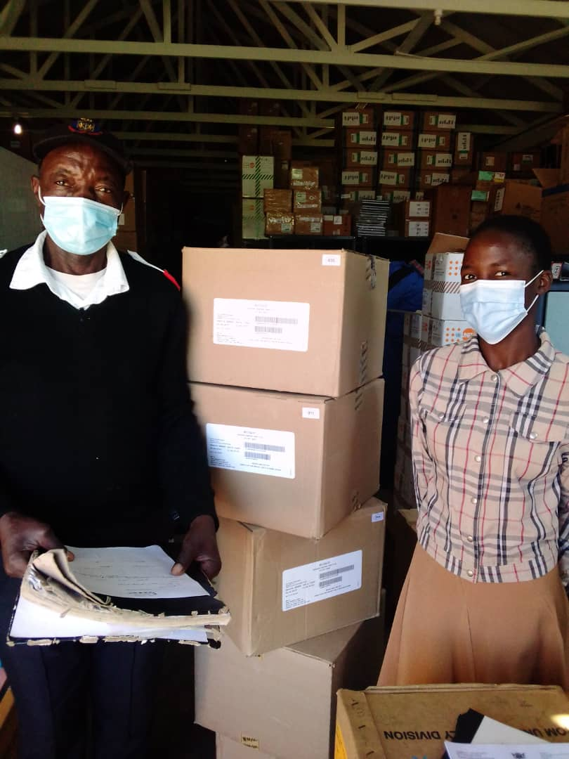 DTG arrives in Zimbabwe for distribution. Credit: CHAI